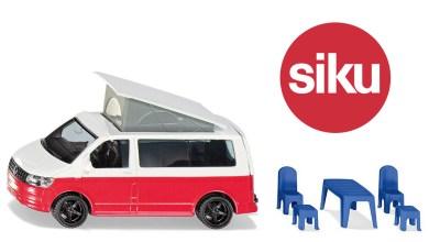 Photo de 1/50 : Siku sort un VW California avec accessoires