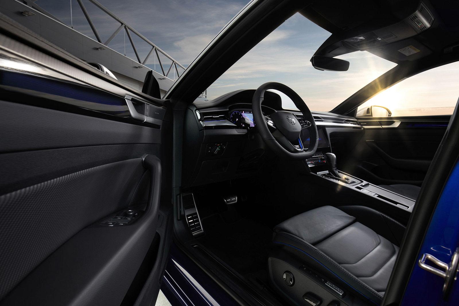 Volkswagen Arteon R intérieur