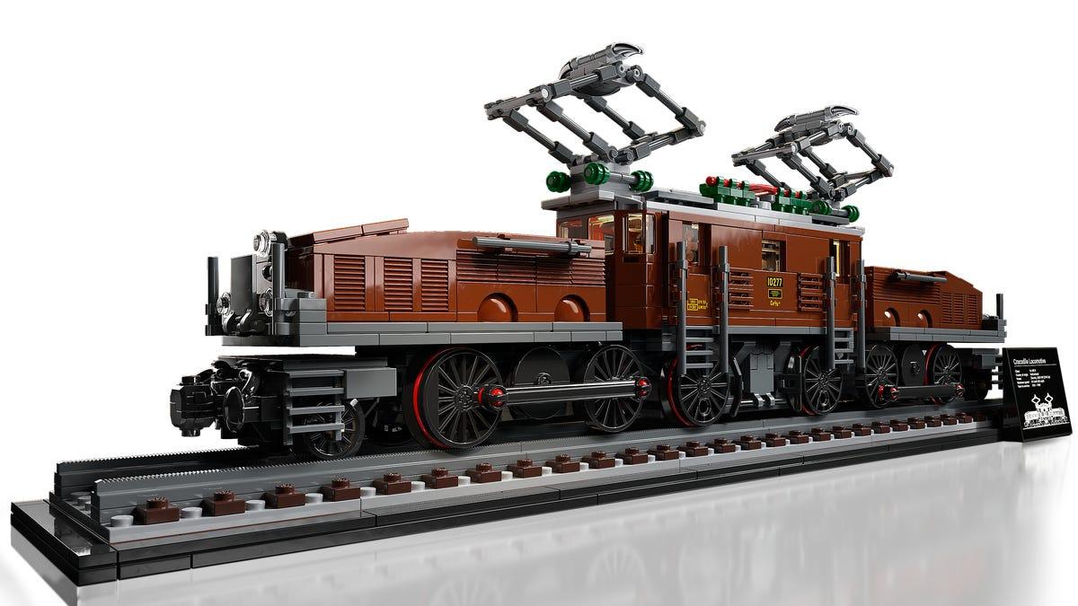 10277 Locomotive Crocodile Lego
