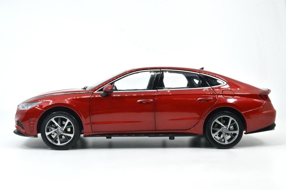 1/18 Hyundai Sonata Paudi profil