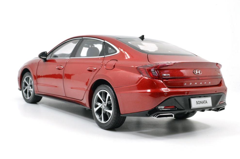 1/18 Hyundai Sonata Paudi arrière