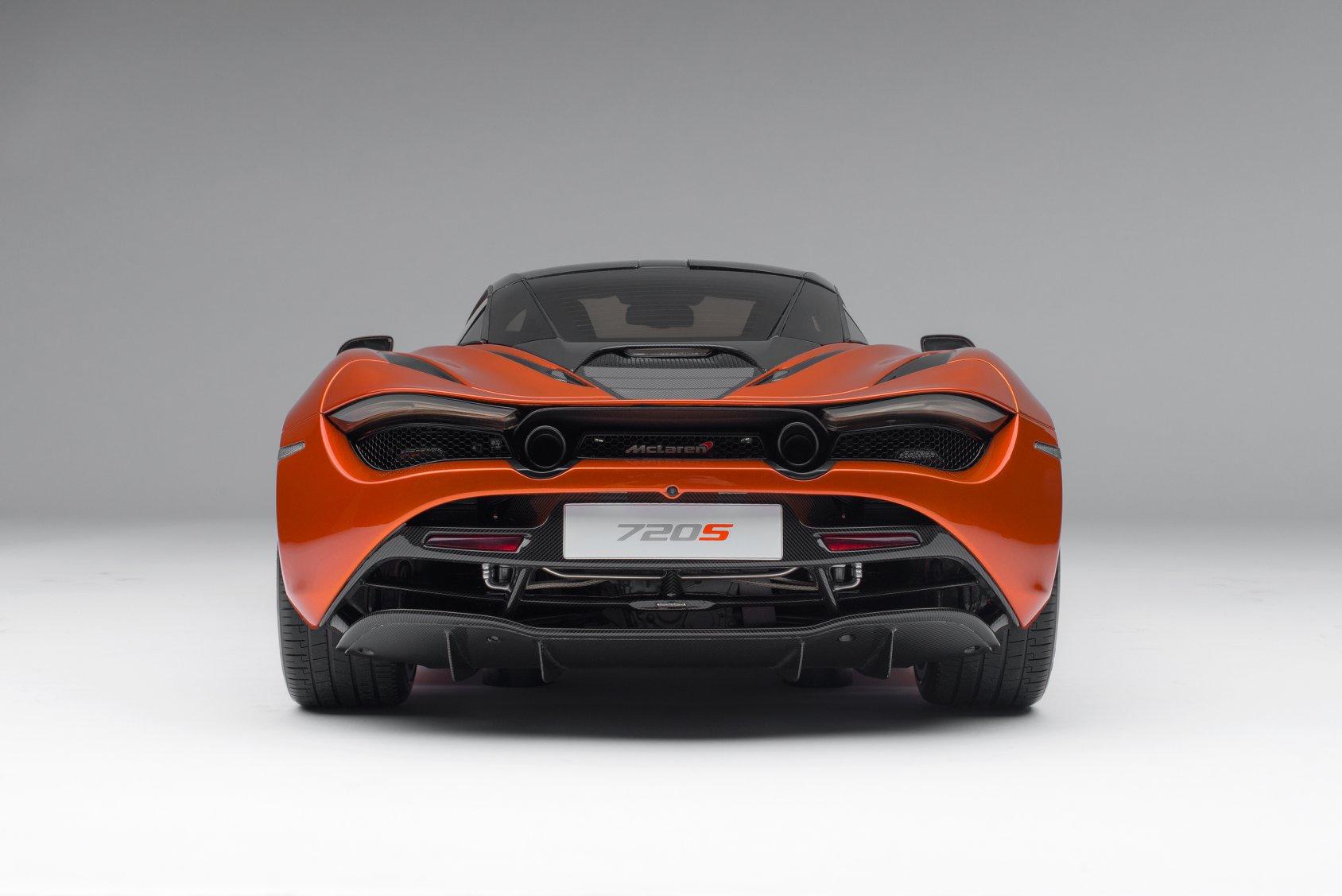 1/8 McLaren 720S Amalgam