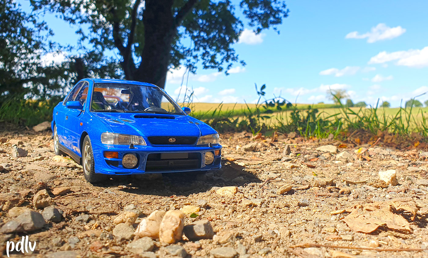 Subaru Impreza GT Turbo DNA calandre