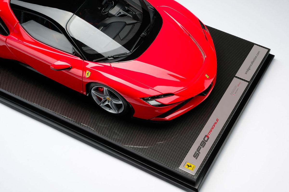 Ferrari F90 Stradale 1/8