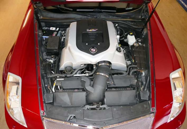 Cadillac XLR-V moteur V8