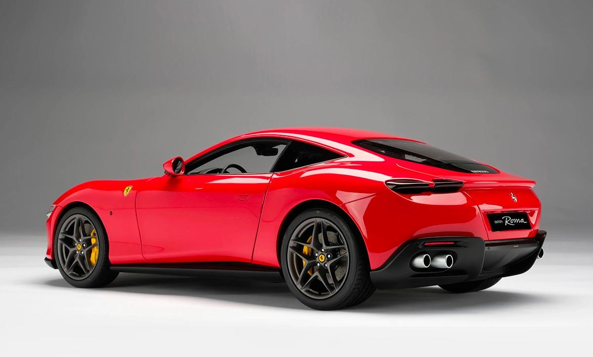 1/8 Ferrari Roma Amalgam Collection