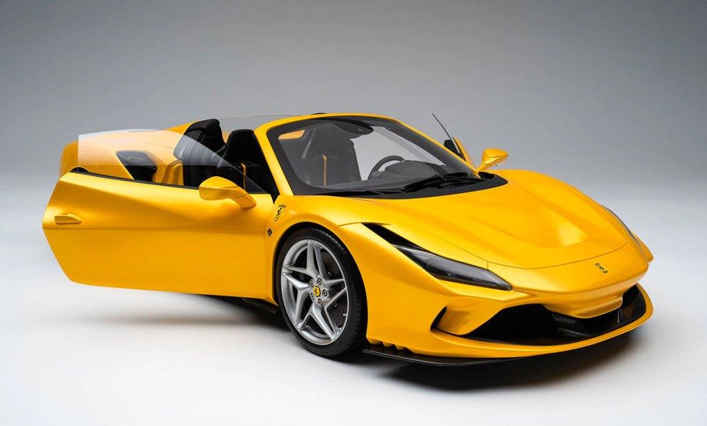 1/8 Ferrari F8 Spider Amalgam