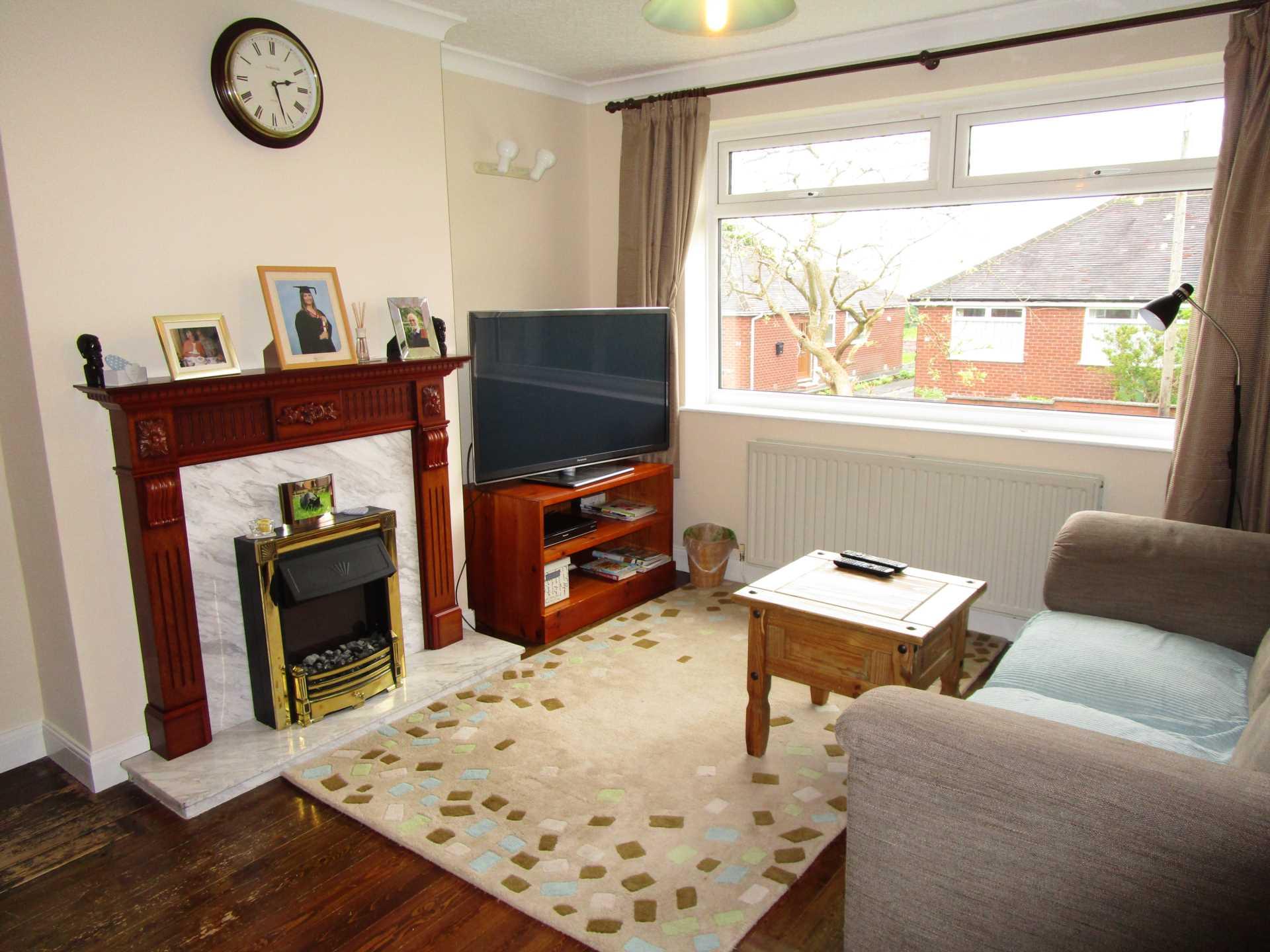 4 Bedroom Semi Detached House For Sale Dorset Avenue