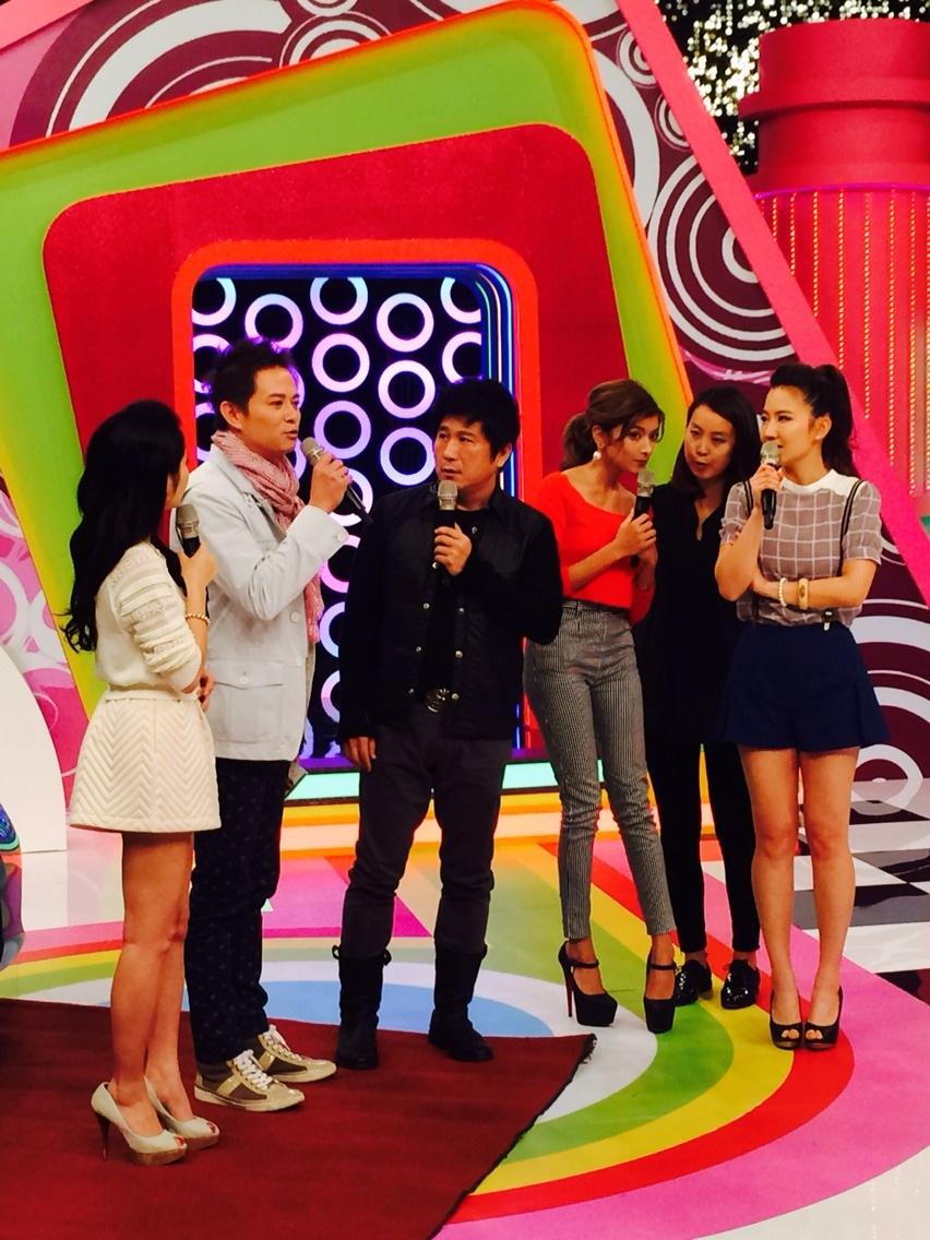 李さん台湾のテレビでローラさんと共演!