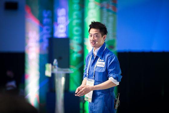 김 대표가 2014년 국내 스타트업 창업지원 기관 스파크랩스 데모데이에서 기업 발표(IR)를 하고 있다.