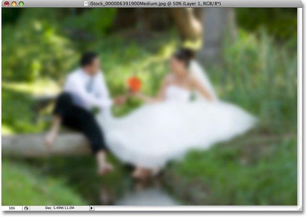 Soft Focus Lens Effect - Photoshop Tutorial