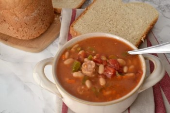 This Crock Pot Chili with Bratwurst is a Tasty Easy Family Meal