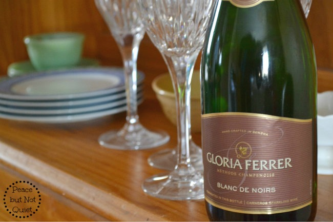 How to host a book club evening -- with a nice mix of fancy and everyday elements and delicious Gloria Ferrer wine!