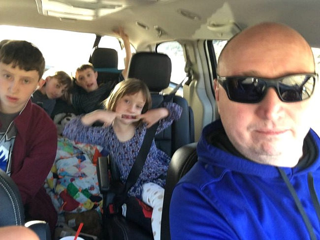 What to Expect on Road Trips With Kids
