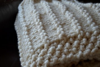 A Chunky Garter Stripe Blanket Knitting Pattern