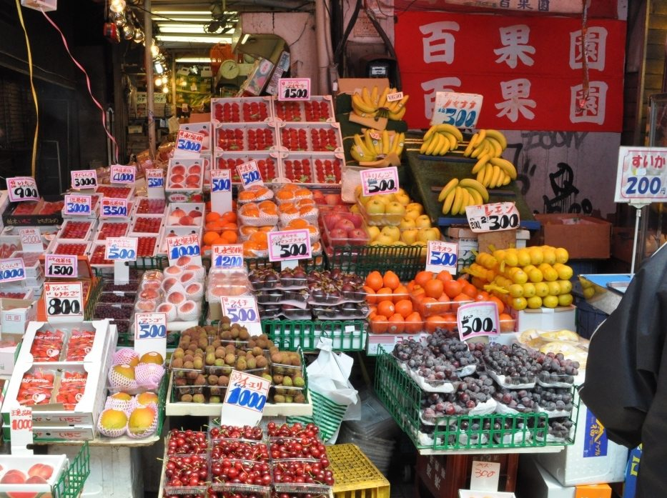ameyoko-fruit-shop