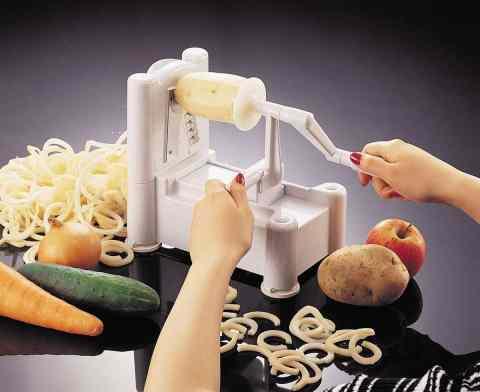 Paderno World Cuisine Tri-Blade Plastic Spiral Vegetable Slicer