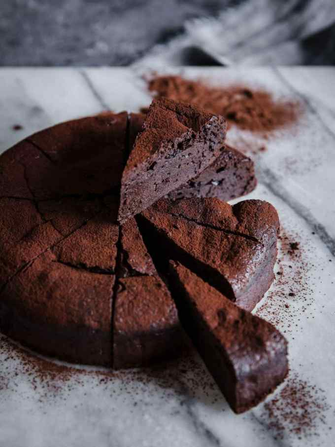This Keto Chocolate Espresso Flourless Cake is super rich and decadent, while still being nut free, sugar free, dairy free, and gluten free. What kind of low carb wizardry is this?