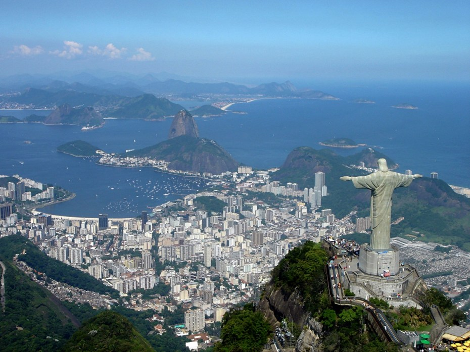 Christ Redeemer of Peace Revolution