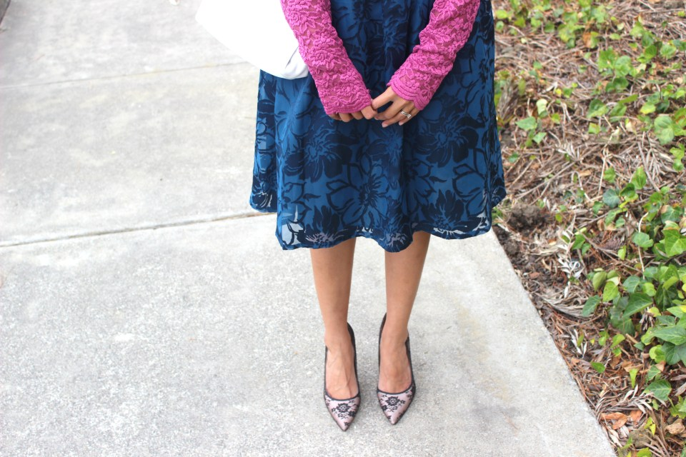 Blue Midi Skirt and Pink Lace Top 7