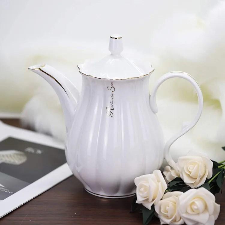 Porcelain Teapot | Peachy Shop