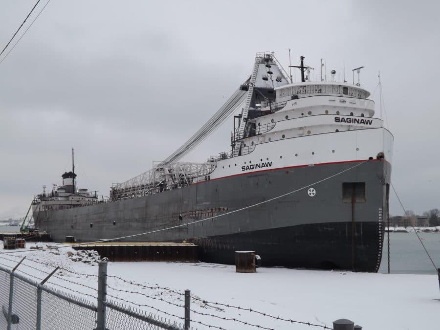Marine vessel winter