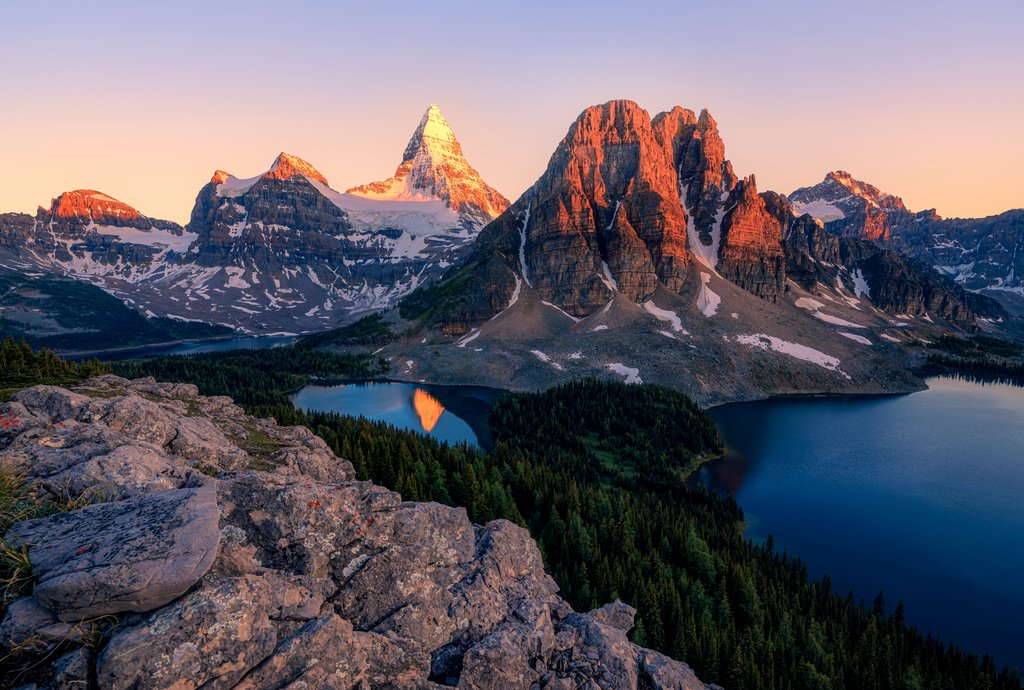 mount assiniboine lies on the great divide, on the british columbia/alberta border in canada. Mount Assiniboine