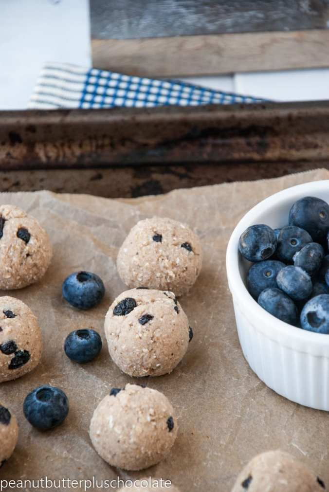 Blueberry-Muffin-Breakfast-Bites