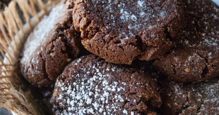 Healthy Chocolate Almond Butter Crinkle Cookies