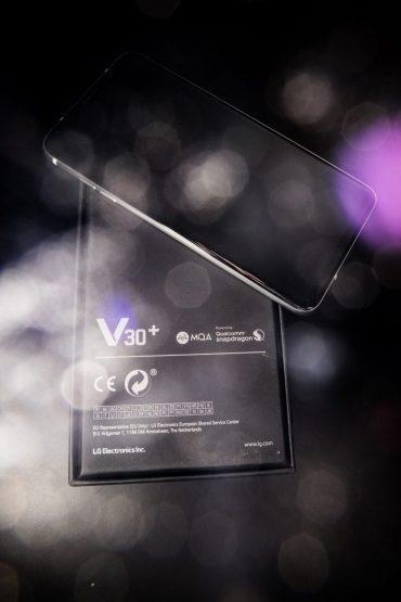 LG V30 Review - PeanutGallery247