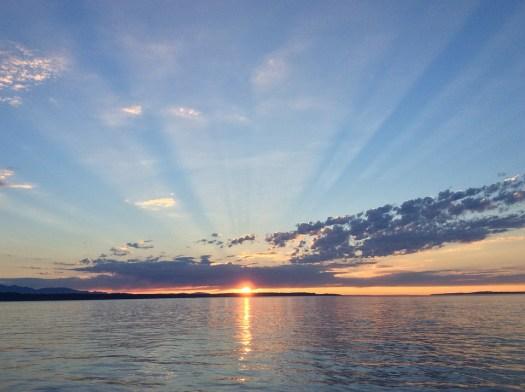 Amazing West Coast Landscapes - Puget Sound - PeanutGallery247.jpg