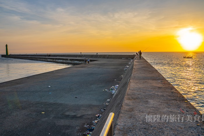 【台南景點】走到海中看夕陽!最接近深海的堤防秘境:安平新北堤