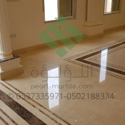 Clear-marble-and-tiles010