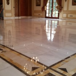 Clear-marble-and-tiles026
