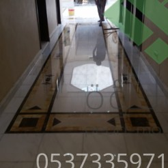 Clear-marble-and-tiles031