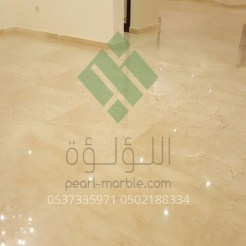 Clear-marble-and-tiles055