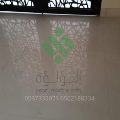 Clear-marble-and-tiles056