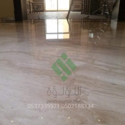 Clear-marble-and-tiles078