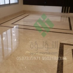 Clear-marble-and-tiles083