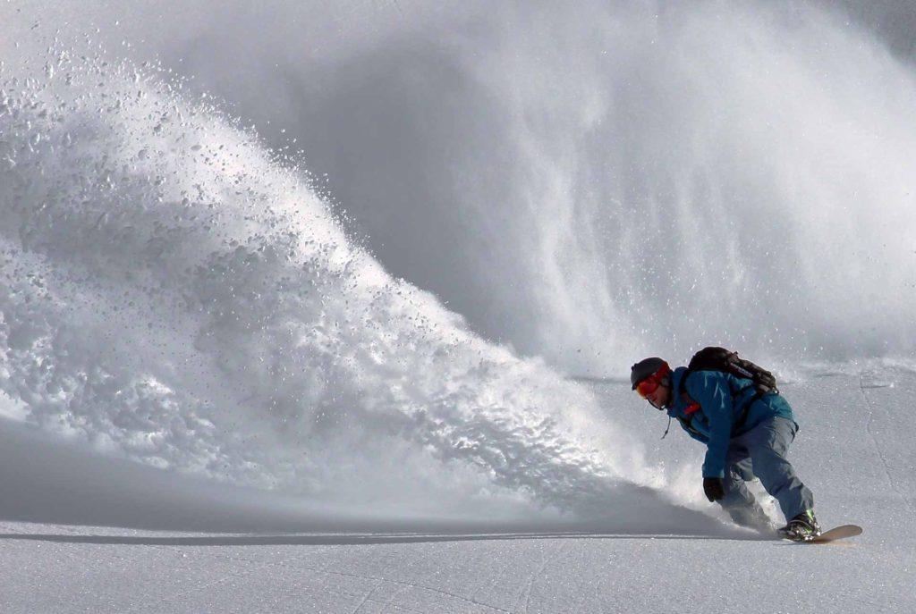 Pearl King Travel - Skiing Holidays - Snowboarding Holidays