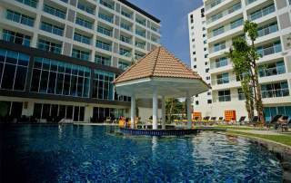 Pearl King Travel 12 Nights Bangkok and Pattaya