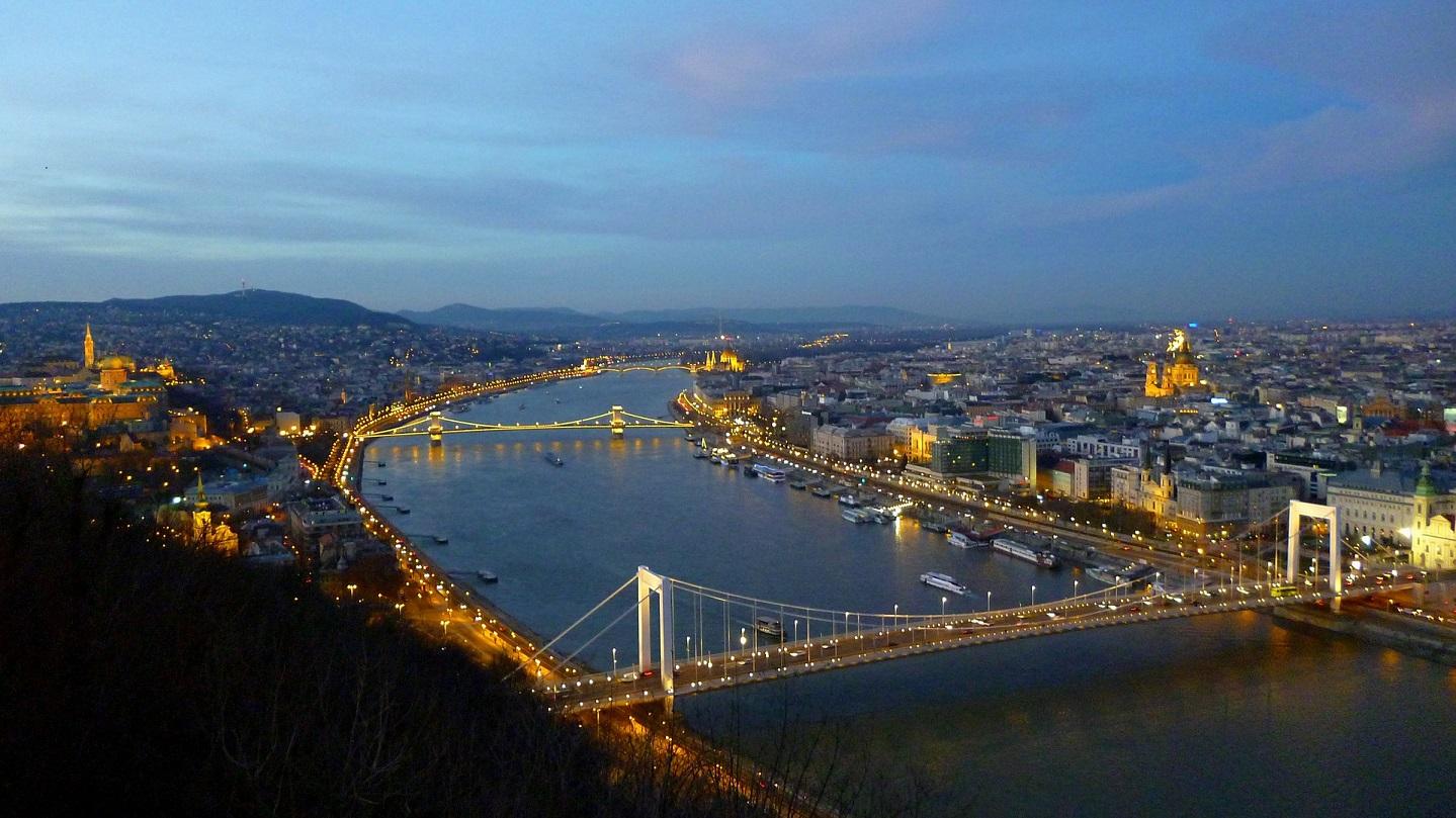 Pearl King Travel - Ultimate Berlin, Prague, Vienna, Budapest - offer-nov-18