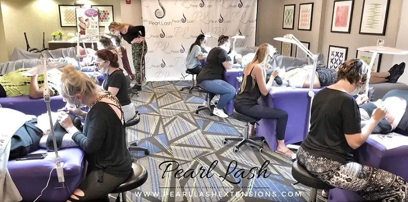 Eyelash Extension Training by Pearl Lash