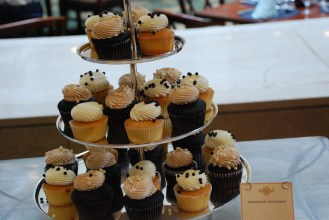 Cupcakes don't take center stage here, but they are not forgotten.