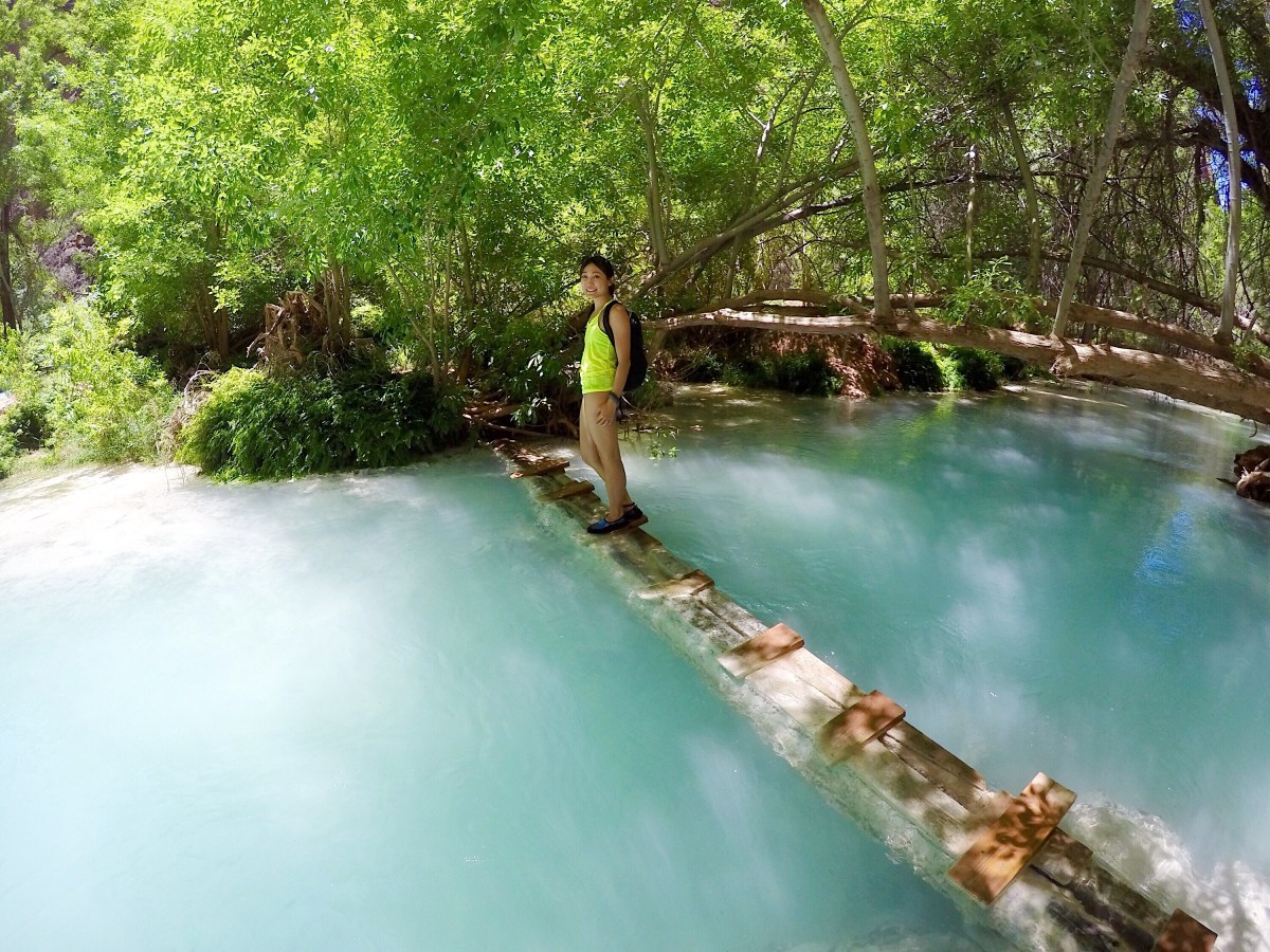 how to get to mooney falls