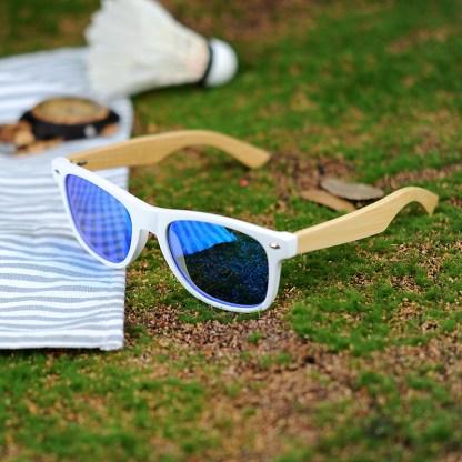 Ochelari de soare Bobo Bird alb lentila albastru