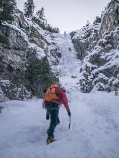 Approach to Guinness Gully