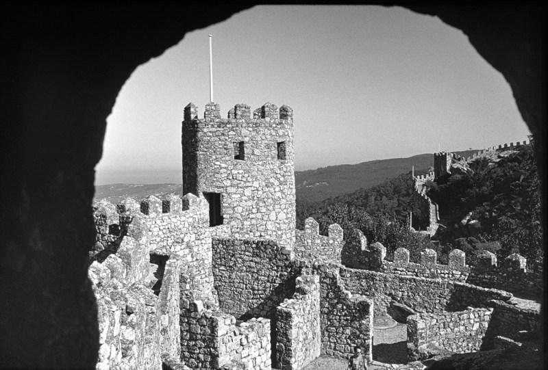 Castelo dos Mouros, Sintra (Agfa Scala 200)