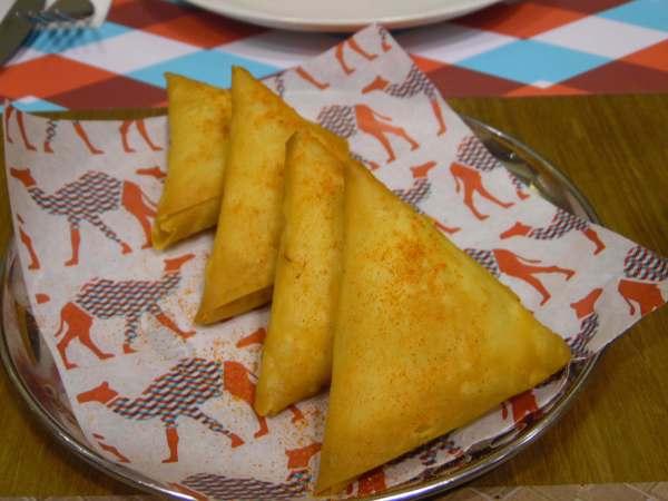 Samboosa cheese