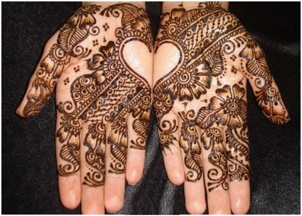Women Hands Lovely Mehndi Designs 2016